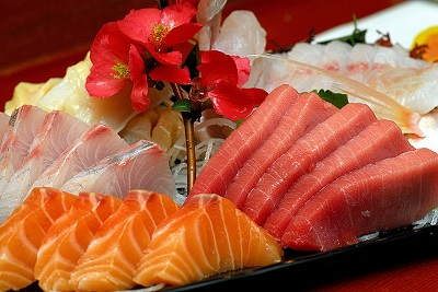 https://www.good-cook.ru/articles/2016/07/01-1-sashimi.jpg