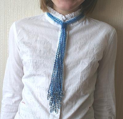 голубая воздушка-галстук