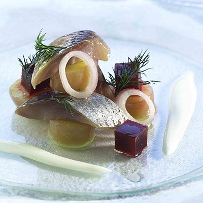норвежская сельдь с молодым картофелем
