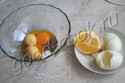 чесночный соус с яйцами
