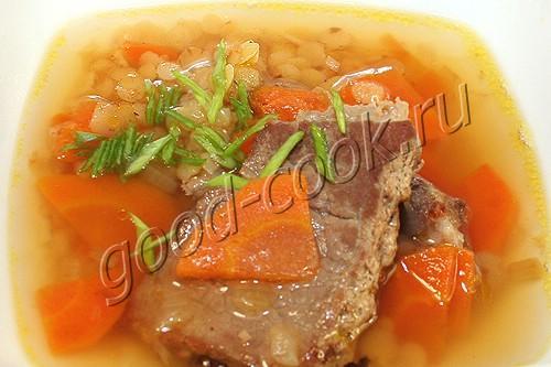 суп из обжаренного мяса с чечевицей