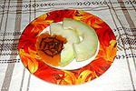дыня с персиковым соусом