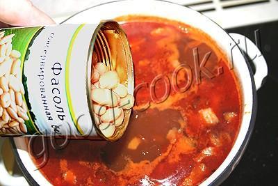 фасолевый суп с фрикадельками на копченом сале