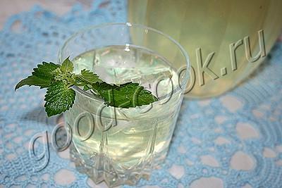 напиток из мелиссы с лимоном