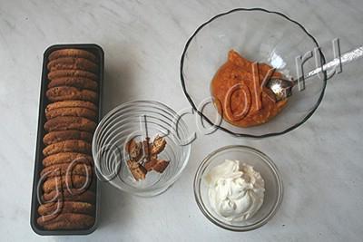 десерт из тыквы, сливок и овсяного печенья