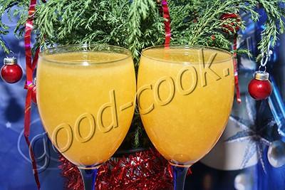коктейль из шампанского с персиками