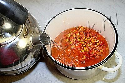 куриный томатный суп с перцем и кукурузой