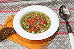суп из грудинки с капустой и зеленым горошком