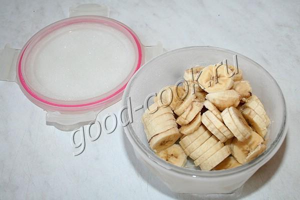 мороженое из бананов и йогурта