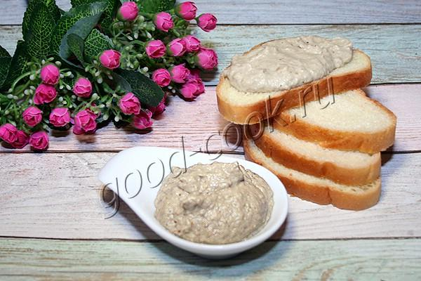 белый баклажановый соус