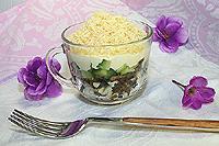 салат с грибами и свежими огурцами