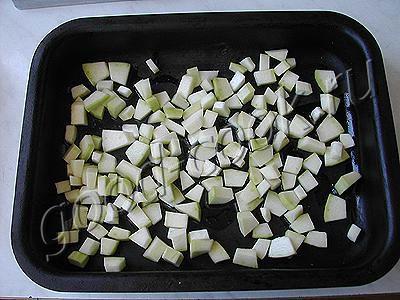 салат с рисом и кабачками и перцем