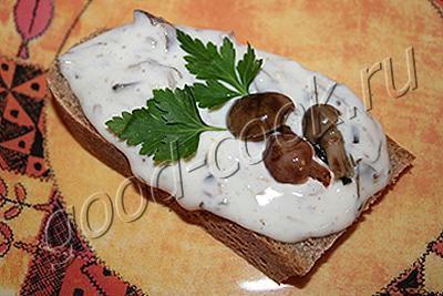 сырно-грибная бутербродная масса