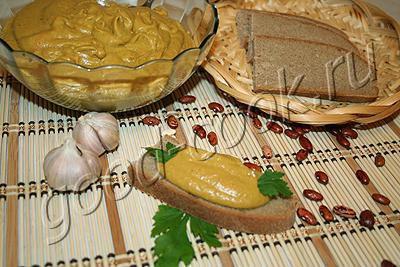 фасолевый бутербродный паштет