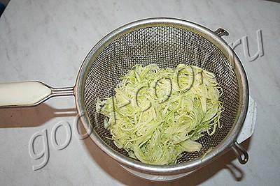 """маринованные кабачковые """"спагетти"""""""