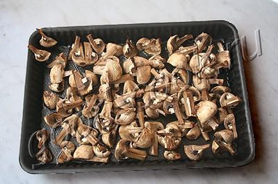 икра грибная с овощами и орехами