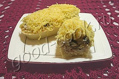 легкий салат с курицей и грибами в тарталетках