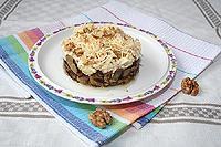 баклажановый салат с сыром и яйцами