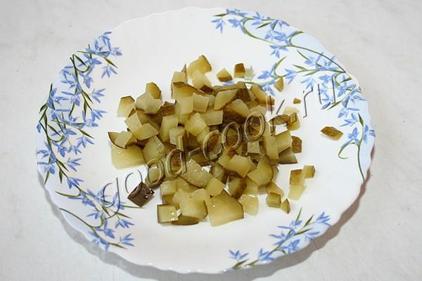 закуска из свеклы с солеными огурцами