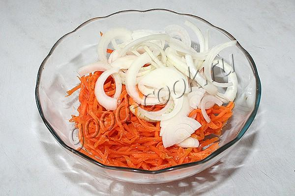 "Салат ""Карусель"" с морковкой по-корейски"