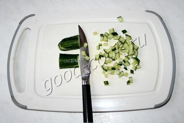 курино-яичный салат на тостах
