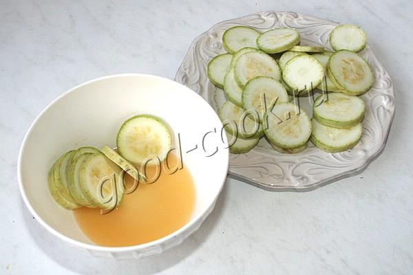 кабачки закусочные в томатном маринаде