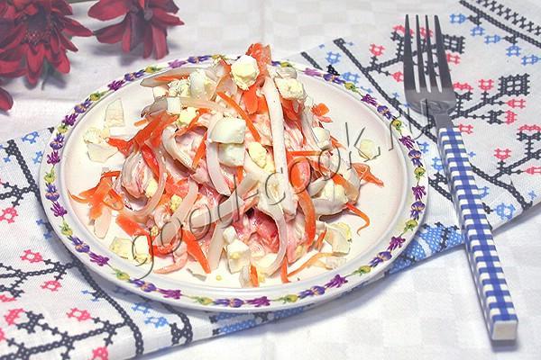 салат с кальмарами и морковью