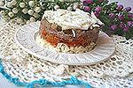 салат с куриной печенью и солёными огурцами