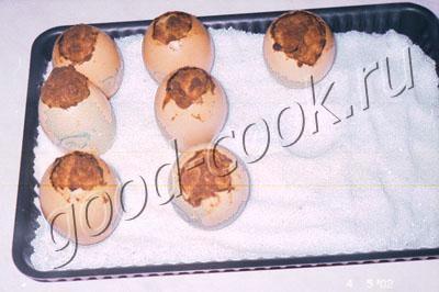 кексы в яичной скорлупе