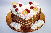 песочный торт со сливочным муссом