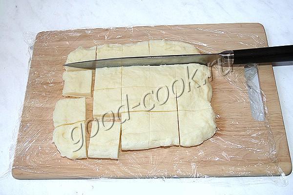 жареные квадратики из манки с сыром
