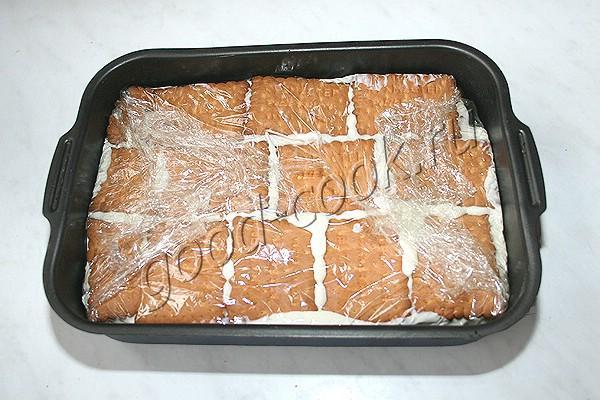 торт из печенья с творогом и бананами