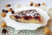 Простой кексовый пирог с ягодами