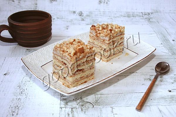 румынские орехово-медовые пирожные