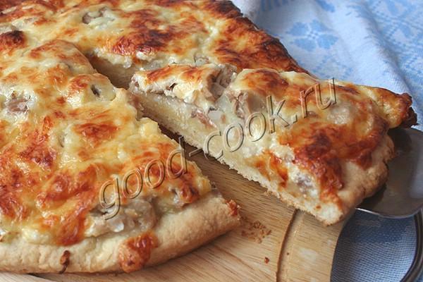 сметанные лепёшки с сыром и консервированным лососем