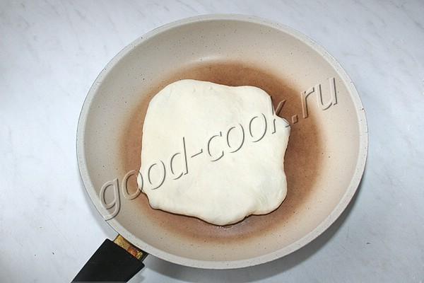 жареная лепёшка с вареньем