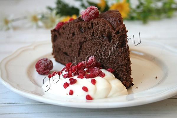 шоколадный пирог с шоколадной заливкой в сковороде (без выпечки)