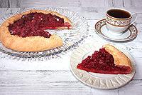 открытый ягодный пирог на сметанном тесте