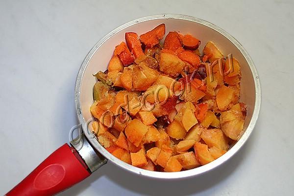 морковный торт с персиковым желе