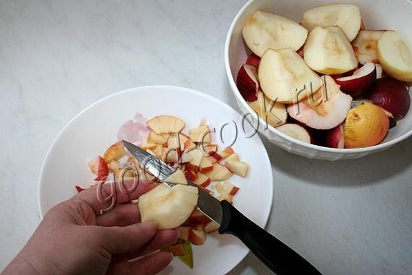 простой медово-яблочный рулет
