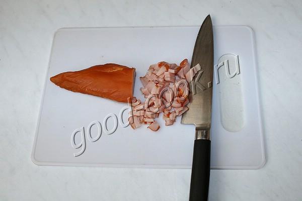 лепёшка с сырокопчёной курицей (кусочками)