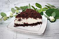 """Шоколадный торт """"Крошки"""" со сметанным муссом (без выпечки)"""