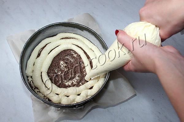 полосатая творожная запеканка с шоколадом