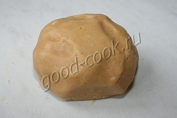пряничное медовое тесто на сливочном масле