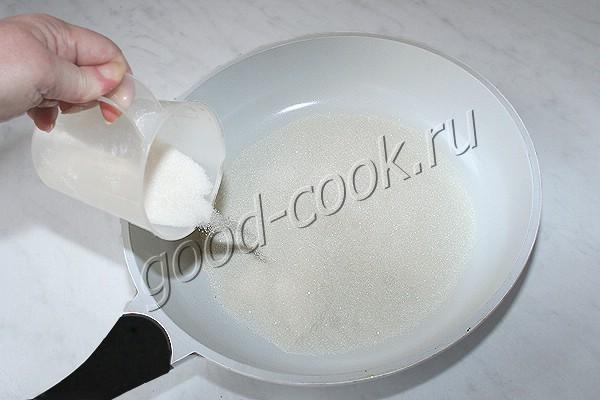 пряничное тесто на карамели и сливочном масле
