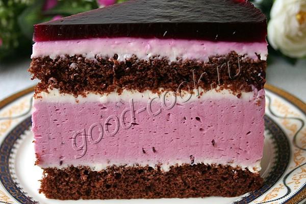 """шоколадный торт с муссом """"Чёрная смородина и белый шоколад"""""""
