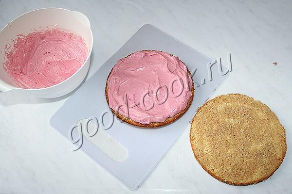 кокосовый торт с клюквенным кремом
