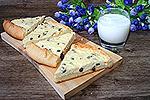 сметанный пирог с творогом и изюмом