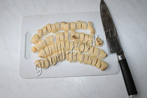 бананы в карамели (начинка для торта)
