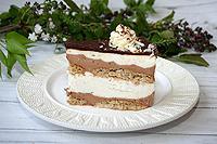 муссовый шоколадно-творожно-сливочный торт с овсяными печеньями